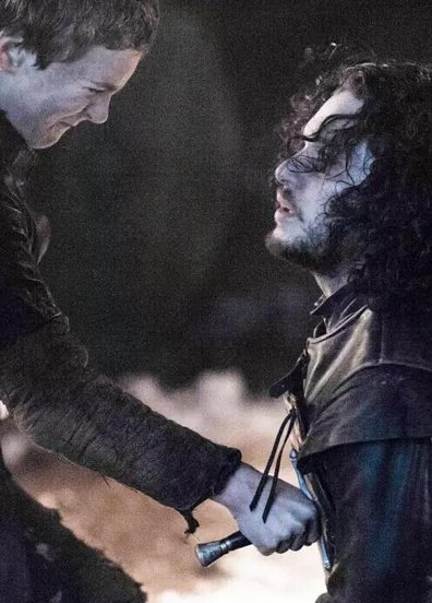 Game Of Thrones'da Jon Snow canlandı